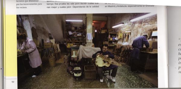 https://guitarrasquiles.com/images/Artesanos/img006.jpg