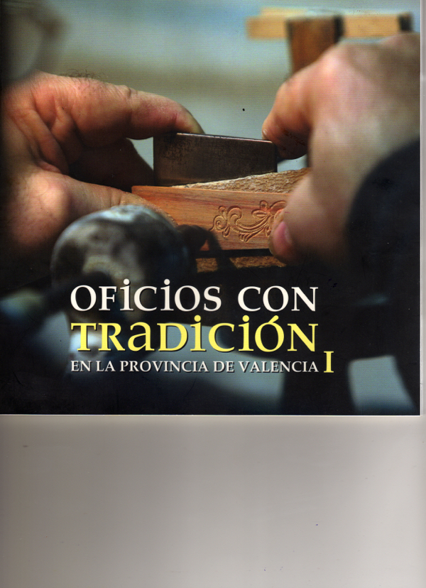 https://guitarrasquiles.com/images/Artesanos/img008.jpg